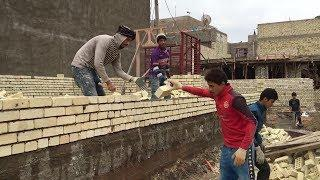 Amazing Clever Construction Workers. - Everyone should watch this worker's video.